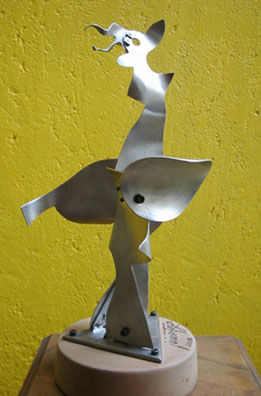 Javier Astorga stainless steel sculpture The Dove